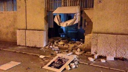 http://www.ragusanews.com//immagini_articoli/16-01-2018/siracusa-banda-rubava-bancomat-autotassava-240.jpg
