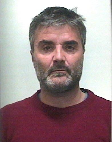 https://www.ragusanews.com//immagini_articoli/16-01-2019/trovato-pistola-clandestina-droga-arrestato-nino-patti-500.jpg