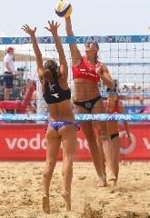 http://www.ragusanews.com//immagini_articoli/16-02-2015/campionato-italiano-di-beach-volley-a-scoglitti-240.jpg