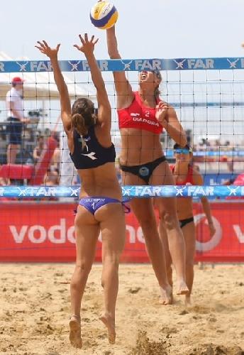 http://www.ragusanews.com//immagini_articoli/16-02-2015/campionato-italiano-di-beach-volley-a-scoglitti-500.jpg