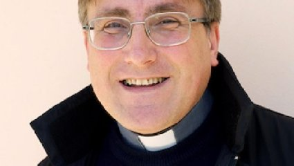 https://www.ragusanews.com//immagini_articoli/16-02-2020/don-robert-dynerowicz-incaricato-diocesano-per-lapostolato-mare-240.jpg