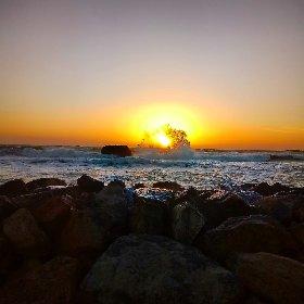https://www.ragusanews.com//immagini_articoli/16-02-2021/scoglitti-cielo-e-mare-febbraio-magico-sulla-costa-vittoriese-foto-video-280.jpg