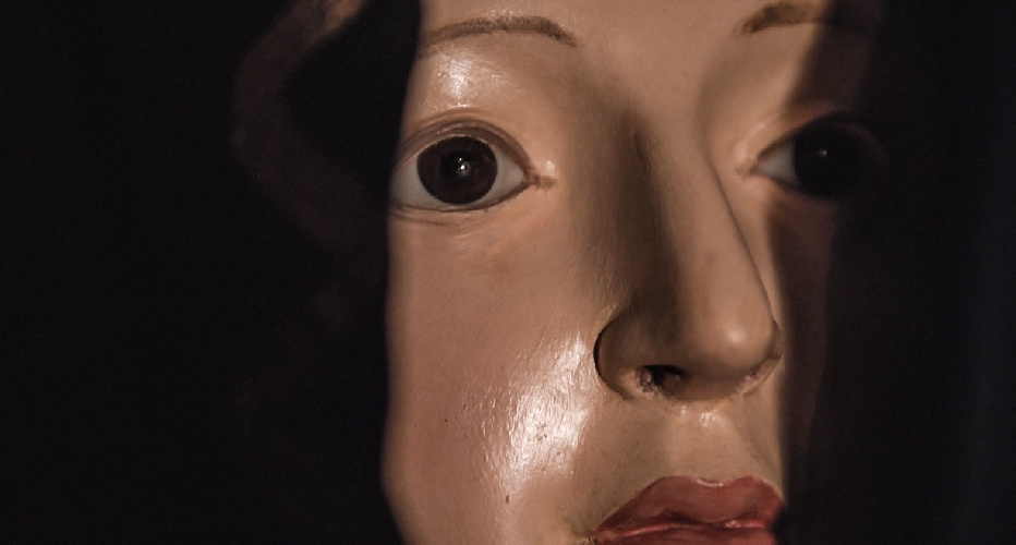 http://www.ragusanews.com//immagini_articoli/16-03-2017/vasa-vasa-documentario-racconta-dolore-bacio-madonna-500.jpg