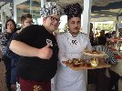 https://www.ragusanews.com//immagini_articoli/16-03-2018/giovani-pizzaioli-chiaramontani-campionato-mondiale-pizza-bianca-100.jpg