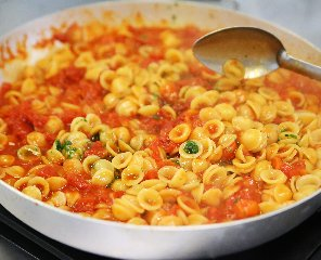 https://www.ragusanews.com//immagini_articoli/16-03-2019/pasta-cosi-riduco-lindice-glicemico-240.jpg