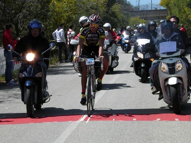 https://www.ragusanews.com//immagini_articoli/16-04-2012/i-risultati-della-granfondo-monti-iblei-500.jpg