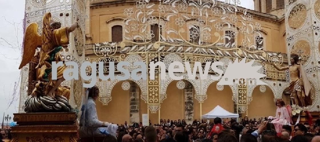 https://www.ragusanews.com//immagini_articoli/16-04-2017/paci-comiso-festeggia-antichissima-pasqua-video-500.jpg