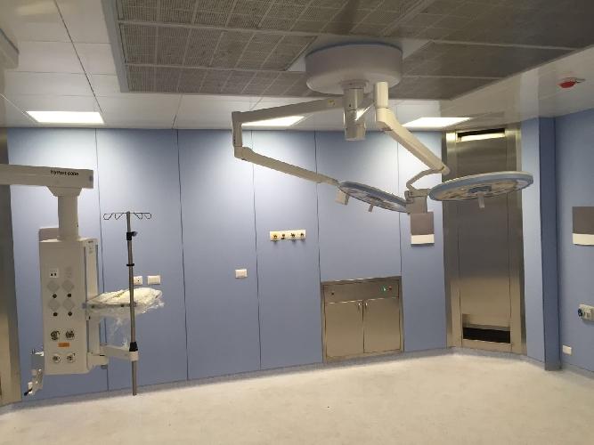 http://www.ragusanews.com//immagini_articoli/16-05-2016/modica-inaugurato-nuovo-reparto-di-ortopedia-500.jpg