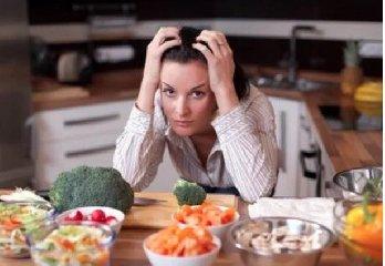 https://www.ragusanews.com//immagini_articoli/16-05-2019/la-dieta-giusta-per-combattere-l-ansia-240.jpg