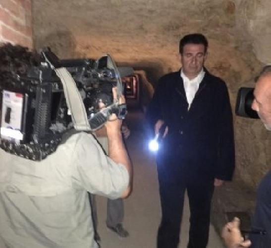 https://www.ragusanews.com//immagini_articoli/16-06-2017/giacobbo-puntata-sottoterra-ortigia-500.jpg