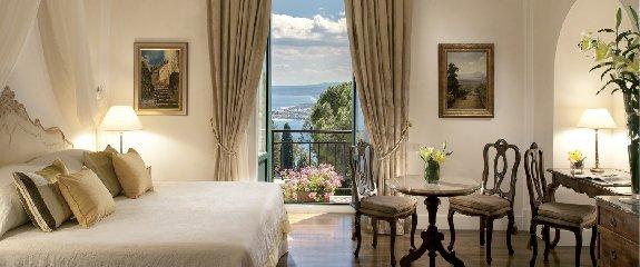 https://www.ragusanews.com//immagini_articoli/16-07-2018/hotel-timeo-migliori-alberghi-mondo-240.jpg