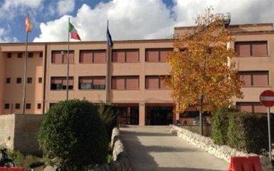https://www.ragusanews.com//immagini_articoli/16-07-2018/ragusa-mila-euro-lavori-urgenti-istituti-scolastici-240.jpg