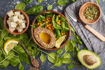 https://www.ragusanews.com//immagini_articoli/16-07-2019/dieta-lemme-menu-240.jpg