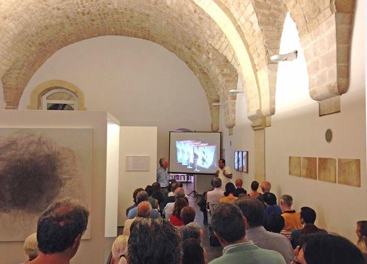 https://www.ragusanews.com//immagini_articoli/16-08-2015/1439749388-3-fornace-penna-di-pisciotto-fabrica-sacra.jpg