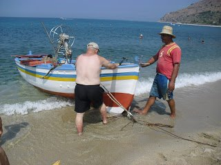 https://www.ragusanews.com//immagini_articoli/16-08-2018/milioni-euro-aiutare-pesca-sicilia-240.jpg
