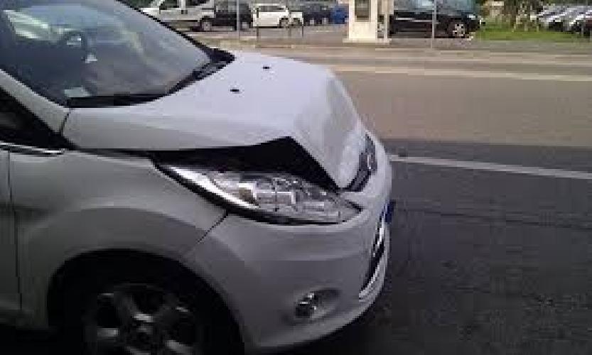 https://www.ragusanews.com//immagini_articoli/16-09-2014/auto-contro-muro-muore-biagio-donzelli-500.jpg