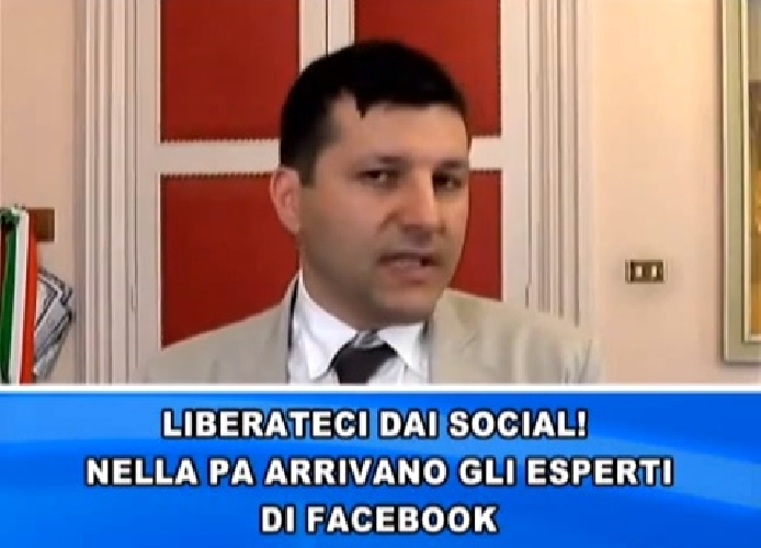 https://www.ragusanews.com//immagini_articoli/16-09-2014/una-laurea-e-tre-lingue-per-aggiornare-il-facebook-di-piccitto-500.jpg