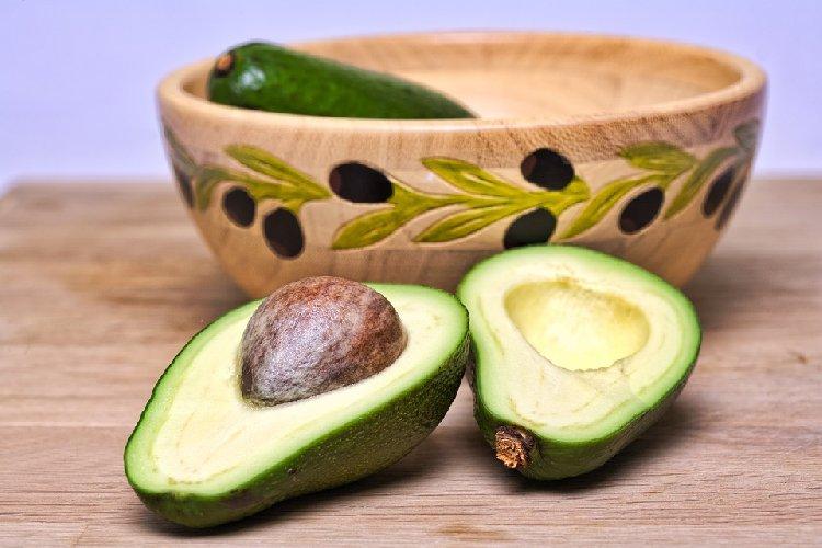 https://www.ragusanews.com//immagini_articoli/16-09-2019/dieta-per-la-pressione-alta-gli-alimenti-indicati-e-quelli-da-evitare-500.jpg