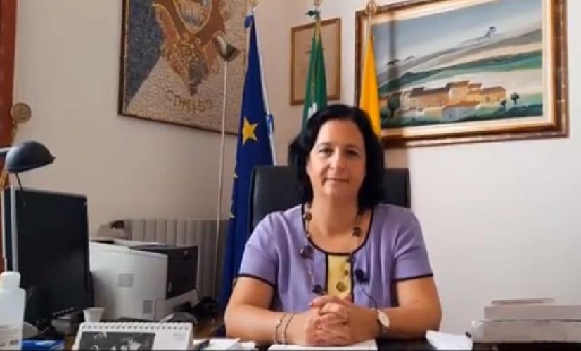 https://www.ragusanews.com//immagini_articoli/16-09-2021/comiso-il-sindaco-gialli-grazie-ai-vaccini-open-day-nel-weekend-video-500.jpg