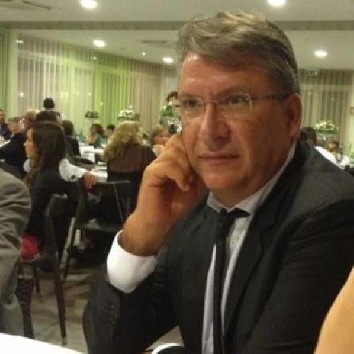https://www.ragusanews.com//immagini_articoli/16-10-2013/venticinque-e-caruso-autosospesi-da-pdl-giannone-auguri-500.jpg