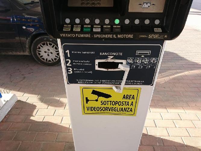 https://www.ragusanews.com//immagini_articoli/16-10-2017/automatico-regalava-benzina-gratis-panico-siracusa-500.jpg