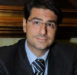 http://www.ragusanews.com//immagini_articoli/16-10-2017/gaetano-cabibbo-direttore-medicina-generale-maggiore-240.jpg