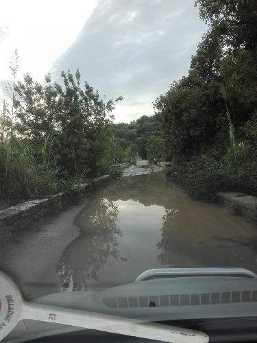 https://www.ragusanews.com//immagini_articoli/16-10-2018/provincia-replica-ruffino-abbiamo-pulito-strade-dopo-pioggia-500.jpg