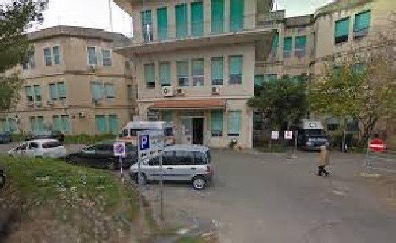 https://www.ragusanews.com//immagini_articoli/16-10-2020/covid-15-ricoverati-a-ragusa-piu-quattro-in-un-giorno-500.jpg