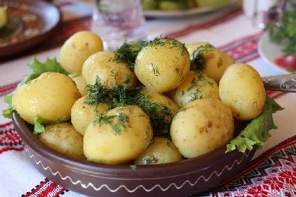 https://www.ragusanews.com//immagini_articoli/16-10-2021/dieta-delle-patate-per-dimagrire-5-kg-in-2-giorni-280.jpg
