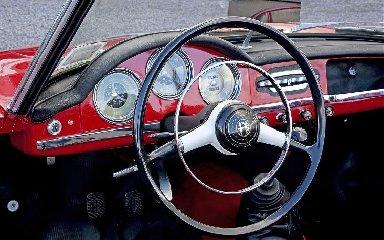 https://www.ragusanews.com//immagini_articoli/16-11-2018/1542359894-chiamami-vuoi-giulietta-1-240.jpg