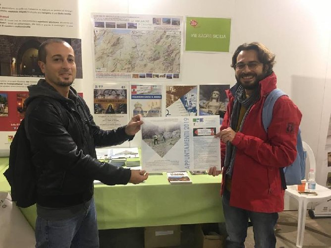 https://www.ragusanews.com//immagini_articoli/16-11-2018/tanit-scicli-meeting-sacre-sicilia-500.jpg