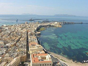 https://www.ragusanews.com//immagini_articoli/16-11-2020/capitale-italiana-della-cultura-in-sicilia-passa-trapani-280.jpg