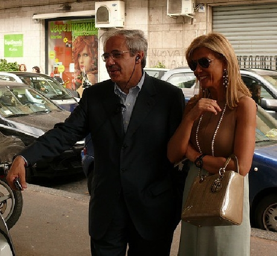 https://www.ragusanews.com//immagini_articoli/16-12-2012/villa-abusiva-a-ispica-rinvio-a-giudizio-per-la-moglie-di-lombardo-500.jpg
