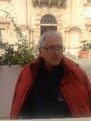 http://www.ragusanews.com//immagini_articoli/16-12-2017/sava-meritoria-proposta-sindaco-quella-strada-chiami-peppe-drago-240.jpg
