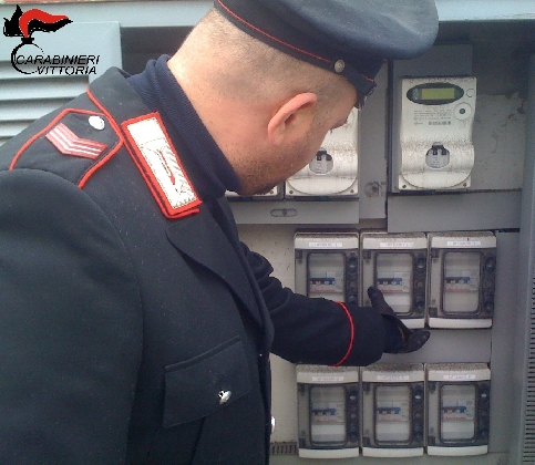 https://www.ragusanews.com//immagini_articoli/17-01-2017/furto-energia-elettrica-arrestati-albanesi-420.jpg