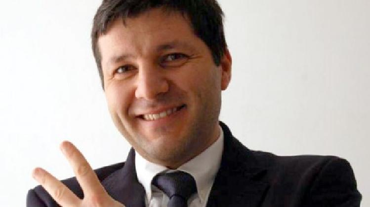 http://www.ragusanews.com//immagini_articoli/17-01-2017/singolare-classifica-sindaco-piccitto-420.jpg