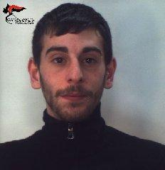 http://www.ragusanews.com//immagini_articoli/17-01-2018/spaccio-arrestati-giovani-ragusani-240.jpg