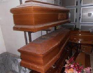 https://www.ragusanews.com//immagini_articoli/17-01-2020/rubava-cadaveri-arrestato-ititolare-di-una-ditta-di-pompe-funebri-240.jpg