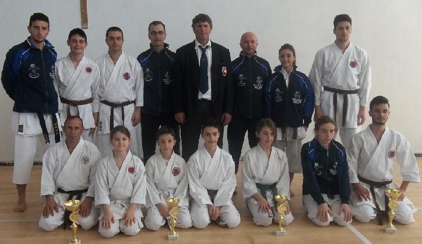 http://www.ragusanews.com//immagini_articoli/17-02-2014/karate-i-risultati-dello-shotokan-a-ispica-500.jpg