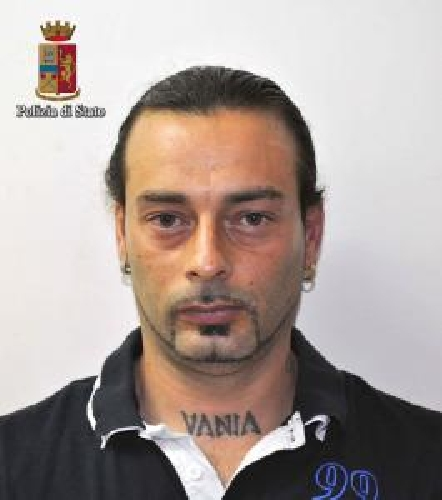 http://www.ragusanews.com//immagini_articoli/17-02-2016/6-anni-per-andrea-gambini-per-il-tentato-omicidio-in-discoteca-500.jpg