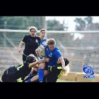 https://www.ragusanews.com//immagini_articoli/17-02-2017/1487322036-ragazze-chiaramonte-nazionale-femminile-rugby-league-1-200.jpg