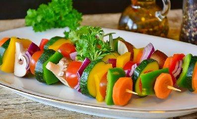 https://www.ragusanews.com//immagini_articoli/17-02-2020/dimagrire-con-la-dieta-a-basso-contenuto-di-carboidrati-240.jpg
