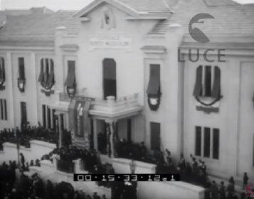 https://www.ragusanews.com//immagini_articoli/17-02-2021/ragusa-l-inaugurazione-dell-ospedale-mussolini-nel-cinegiornale-del-1933-280.jpg
