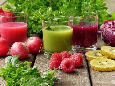 https://www.ragusanews.com//immagini_articoli/17-02-2021/trigliceridi-come-abbassarli-con-la-dieta-del-succo-280.jpg