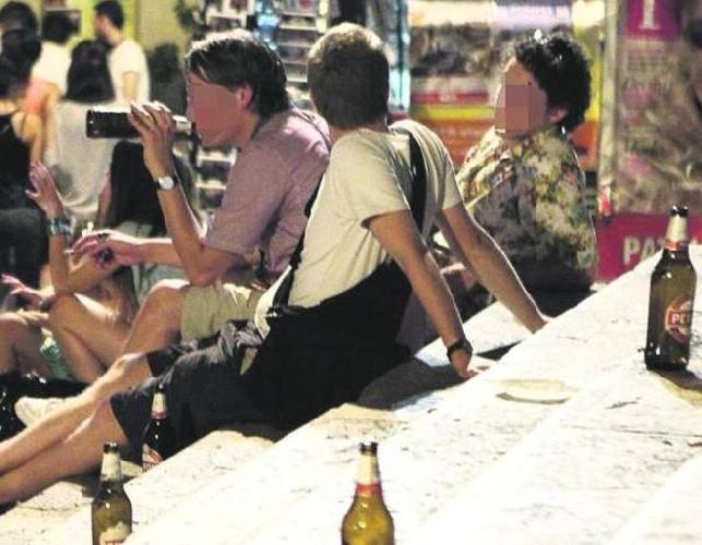 http://www.ragusanews.com//immagini_articoli/17-03-2014/sabato-sera-droga-alcol-e-furti-500.jpg