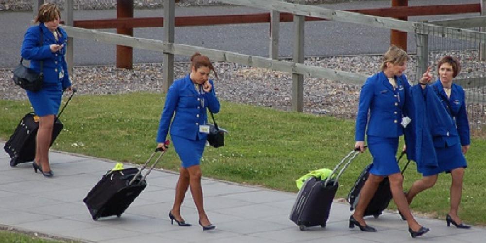 http://www.ragusanews.com//immagini_articoli/17-03-2016/selezioni-hostess-ryanair-a-catania-500.jpg