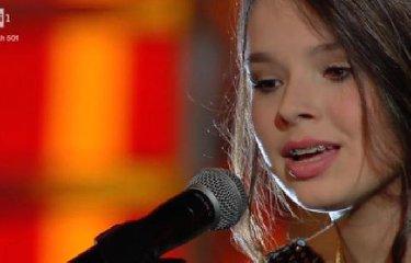 https://www.ragusanews.com//immagini_articoli/17-03-2018/elena-manuele-anni-catanese-trionfatrice-sanremo-young-240.jpg