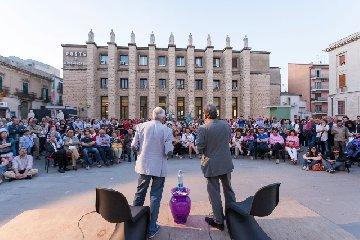 https://www.ragusanews.com//immagini_articoli/17-03-2019/candidati-premio-strega-saranno-ospiti-tutto-volume-240.jpg