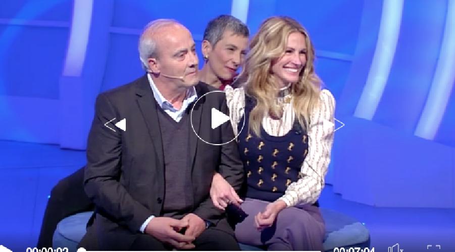 https://www.ragusanews.com//immagini_articoli/17-03-2019/vedovo-siciliano-casto-innamorato-julia-roberts-video-500.png