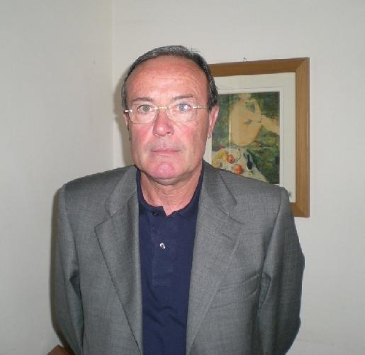 https://www.ragusanews.com//immagini_articoli/17-04-2014/modica-il-ragioniere-roccasalva-condannato-a-82-mila-euro-500.jpg